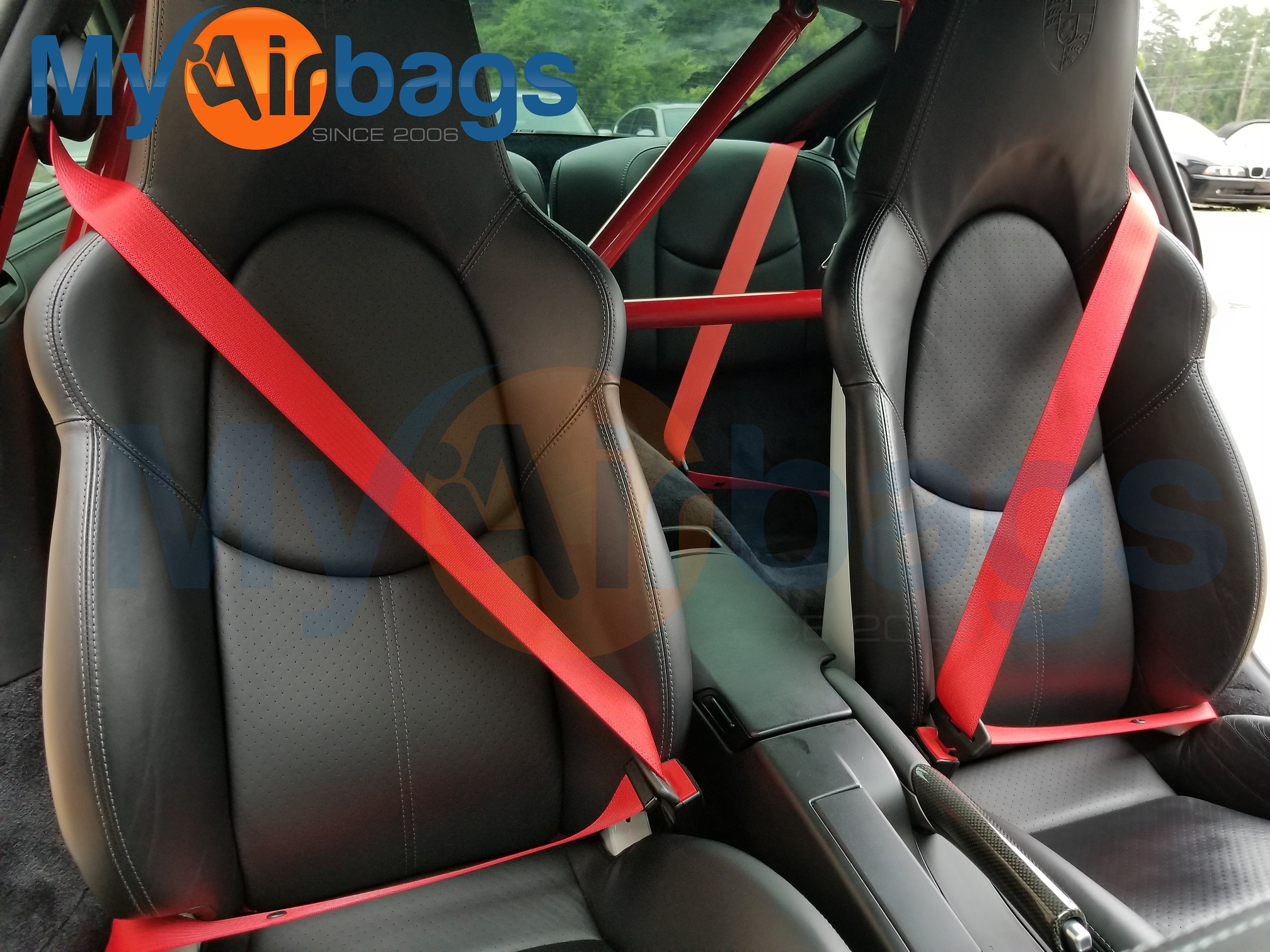 Red-Seat-Belts-on-Porsche-911-Turbo-Racing-Custom-Color-Belts-01.jpg